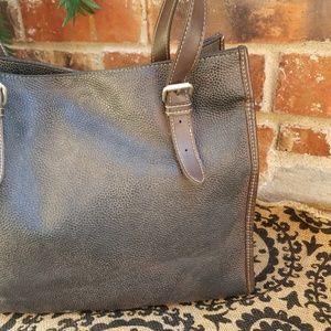 GAP Bags - 💋 Gap Vtg Distressed Black Brown Bag Purse Tote